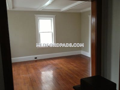 Medford Rare 5 Beds 1 Bath on George St.  Tufts - $4,200